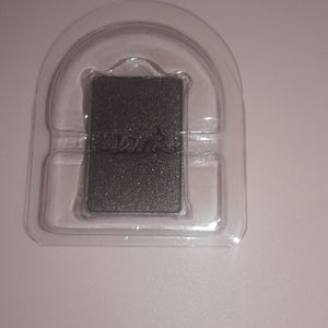 3x$18 mark. eyeshadow single color: moody